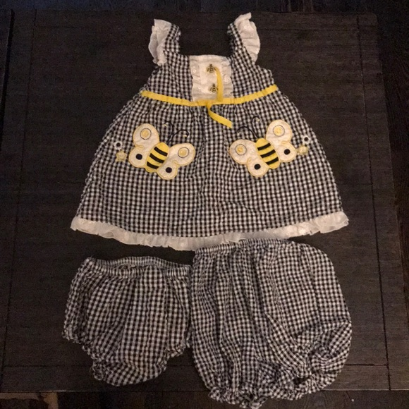 Youngland Other - Honeybee 3pc Outfit